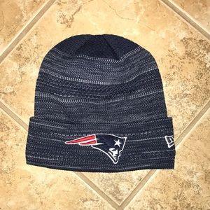 New England Patriots New Era On-field Knit Hat